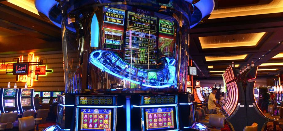 How To Obtain A Casino Poker?