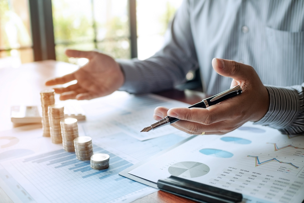 The Fact Concerning Financial Investment Monitoring Wage In Minutes